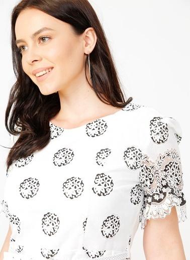 Selen Elbise Beyaz